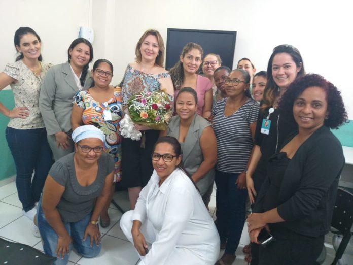 Ginecologista Sharon Cristine Paroneto de Sousa palestra sobre câncer de colo no Hospital São Judas Tadeu